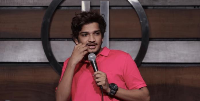 Police complaint filed against 'comedian' Munawar Faruqui over crass comments against Hindu gods, mocking Godhra massacre victims