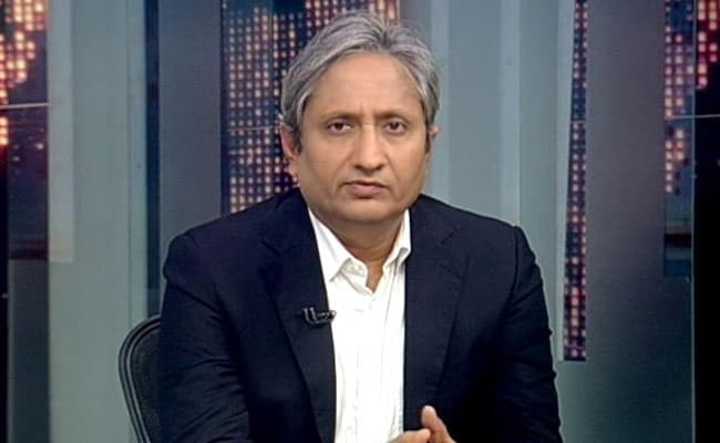NDTV journalist Ravish Kumar tries to shield Dr Anwar, accused in the horrifying murder of Dilbar Negi during the anti-CAA riots in Delhi