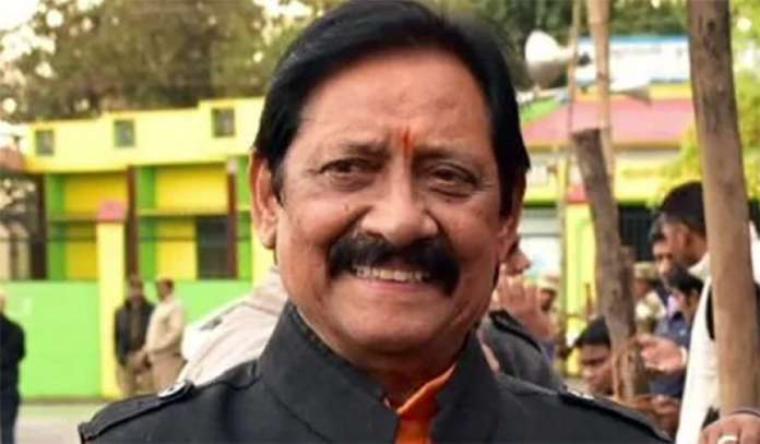 Chetan Chauhan saved lives of Sikh teammates in the aftermath of Indira Gandhi's death when violent mobs ran riot baying for blood of Sikhs
