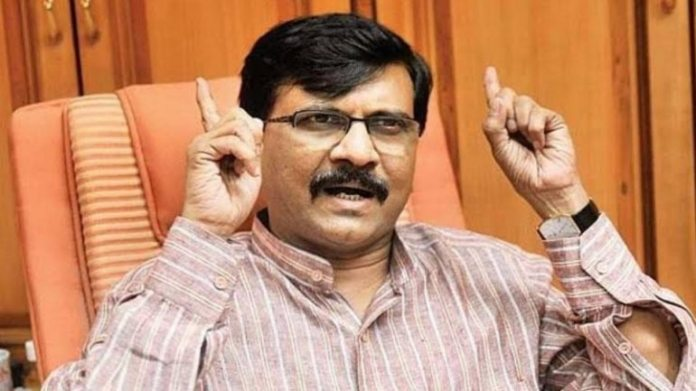 Netizens mock Sanjay Raut after 'compounders know more than doctors' remark