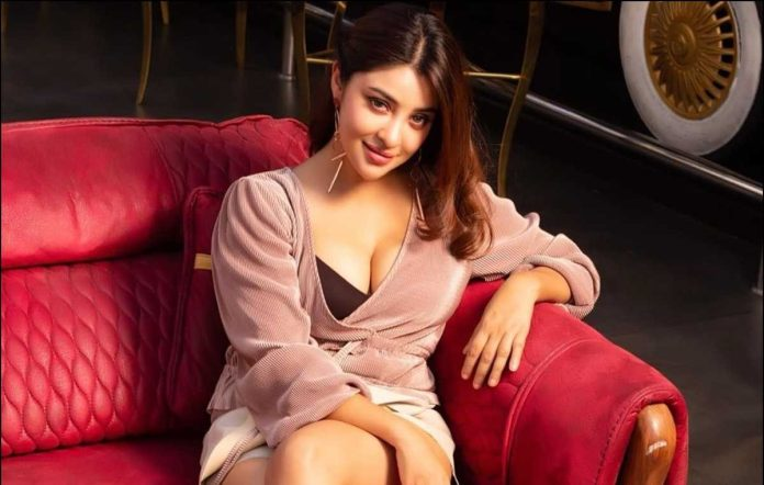 Actress Payal Ghosh accuses Anurag Kashyap of sexual harassment