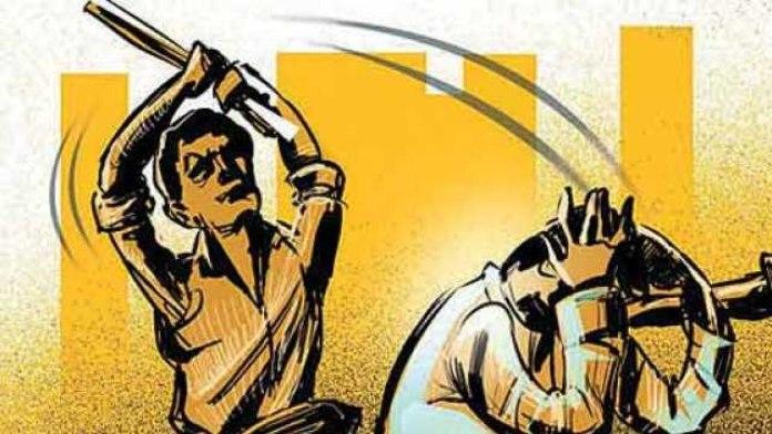 Man beaten for playing loudspeaker in temple