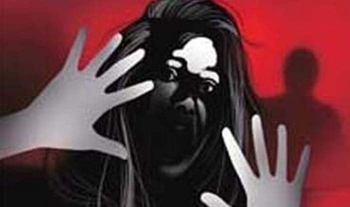 UP: Dalit minor girl found dead in a field in Aligarh, rape and murder suspected