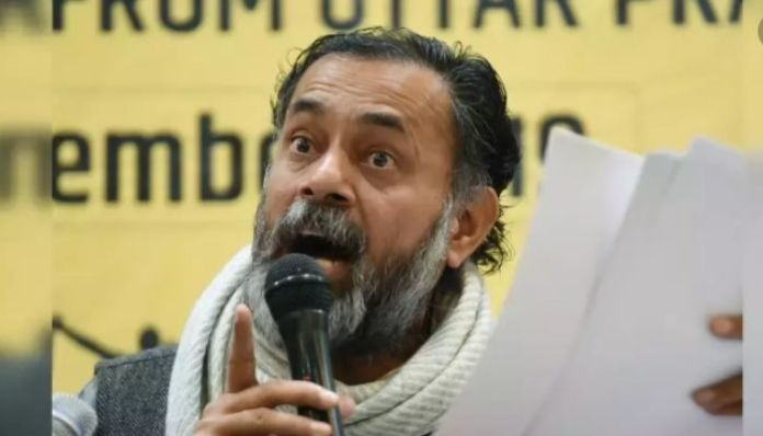 'Activist' Yogendra Yadav begs for donation for continuing protests