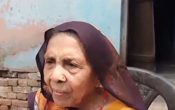 mother of BJP wroker assaulted