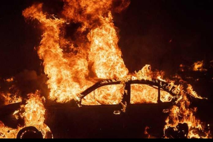 West Bengal polls: Election Commission's vehicle set ablaze by miscreants in erstwhile Maoist stronghold, driver escapes narrowly