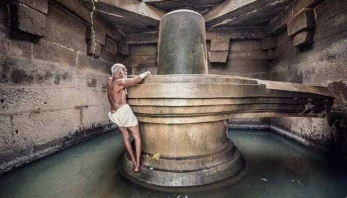 Sri Krishna Bhat of the Hampi Badavi Linga temple passes away at 94