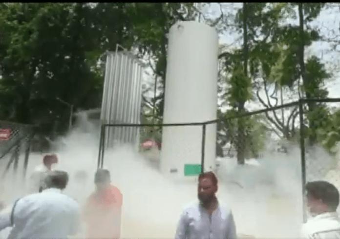 10 people dead after oxygen leak in Nashik hospital