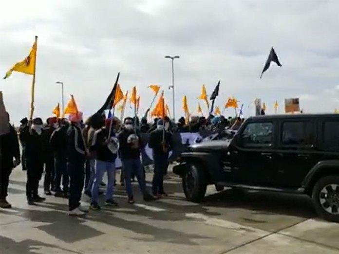 Pro-Khalistani protestors disrupt peaceful Holi celebrations in Alberta, attack Tiranga rally