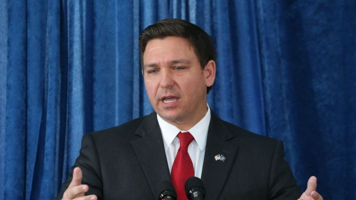 As Twitter versus Indian Govt heats up, Florida Governor Ron DeSantis signs law to hold Big Tech accountable