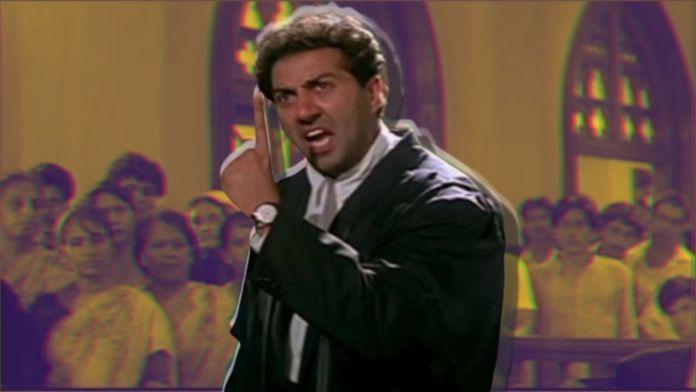 Delhi: Man imitates Sunny Deol monologue 'tareekh pe tareekh' and breaks courtroom equipment