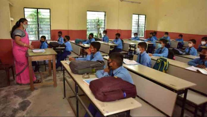 Maharashtra: Over 600 children test positive for Covid after schools reopen