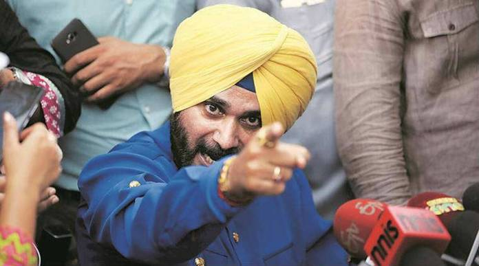 Navjot Singh Sidhu hasn't paid ₹8.67 lacs of electricity bill but lectures on efficiency