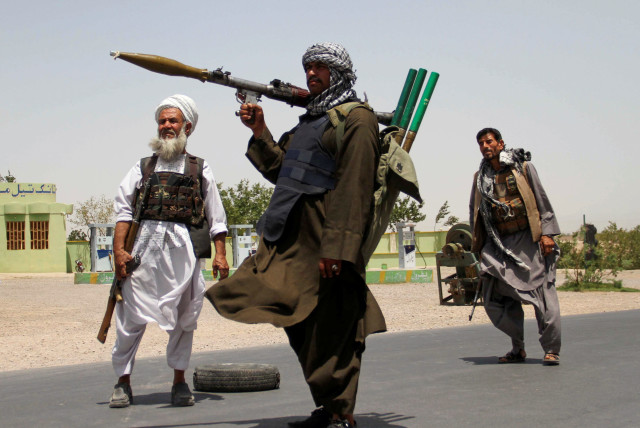 Afghanistan: 5 key cities fall into the hands of Taliban in just 3 days
