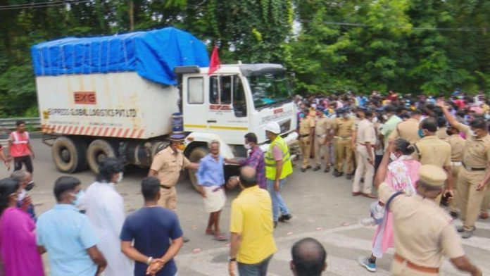 ISRO truck stranded for hours in Kerala as trade union goons demand