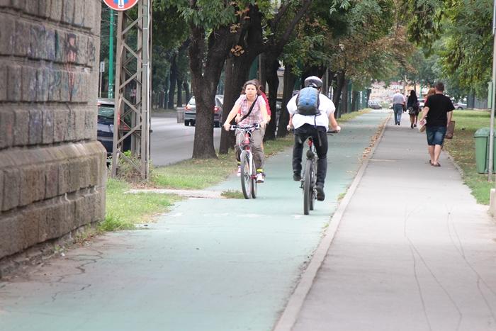 magazin online soiuri largi fara taxa de vanzare Doar cateva piste pentru peste 13.000 de biciclisti in Timisoara.