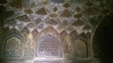 Mukarnas in vaulted ceilings.