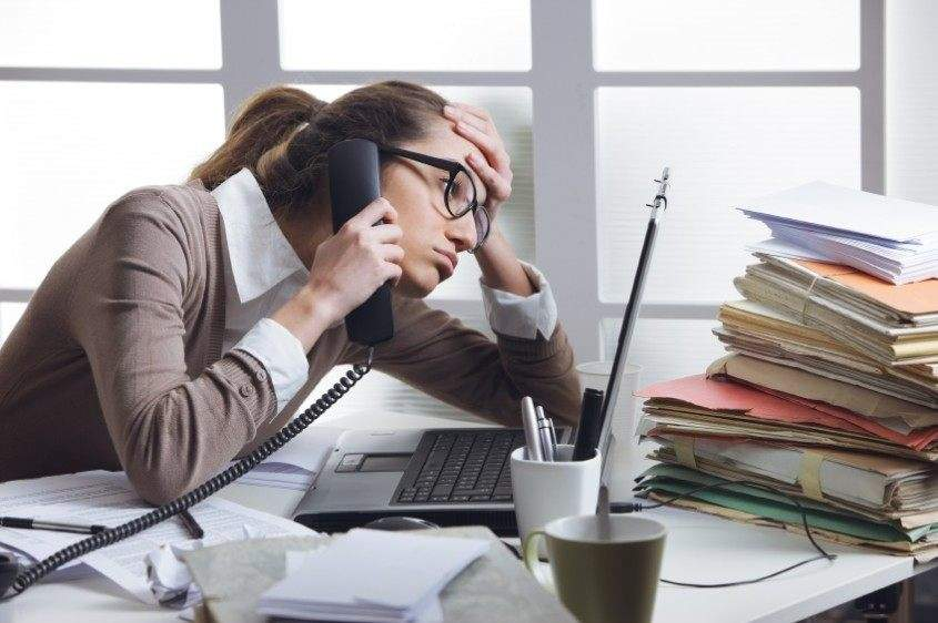 the bad day of the businesswoman or secretary