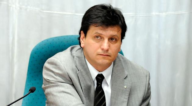 El Diputado provincial Mauricio Gomez - Foto: OPI Santa Cruz/Francisco Muñoz