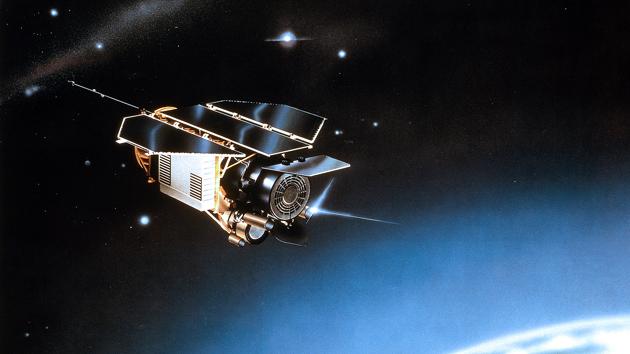 Un satélite en el espacio - Foto: