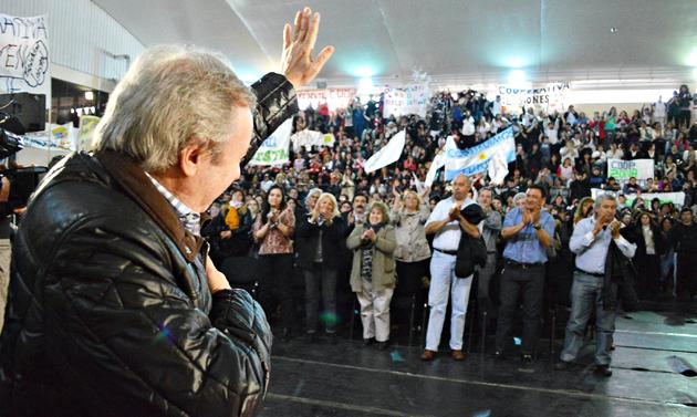 El Gobernador de Santa Cruz Daniel Peralta ayer en el Cepard - Foto: Prensa de Gobierno