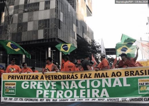 Sindicato-dos-petroleiros-decide-suspender-greve-temporariamente