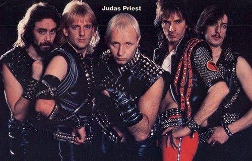 Les Judas Priest. Là, j'ai pris un coup en voyant ça...
