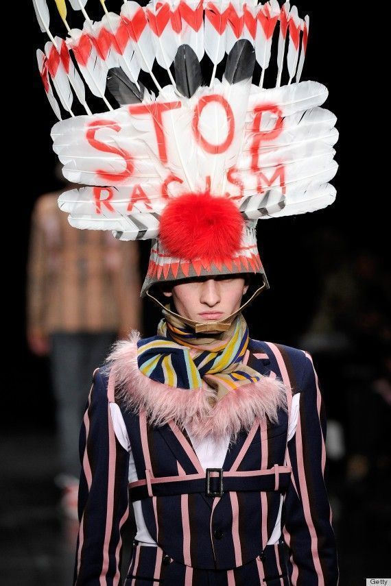 Walter Van Beirendonck stop racism défilé fashion week