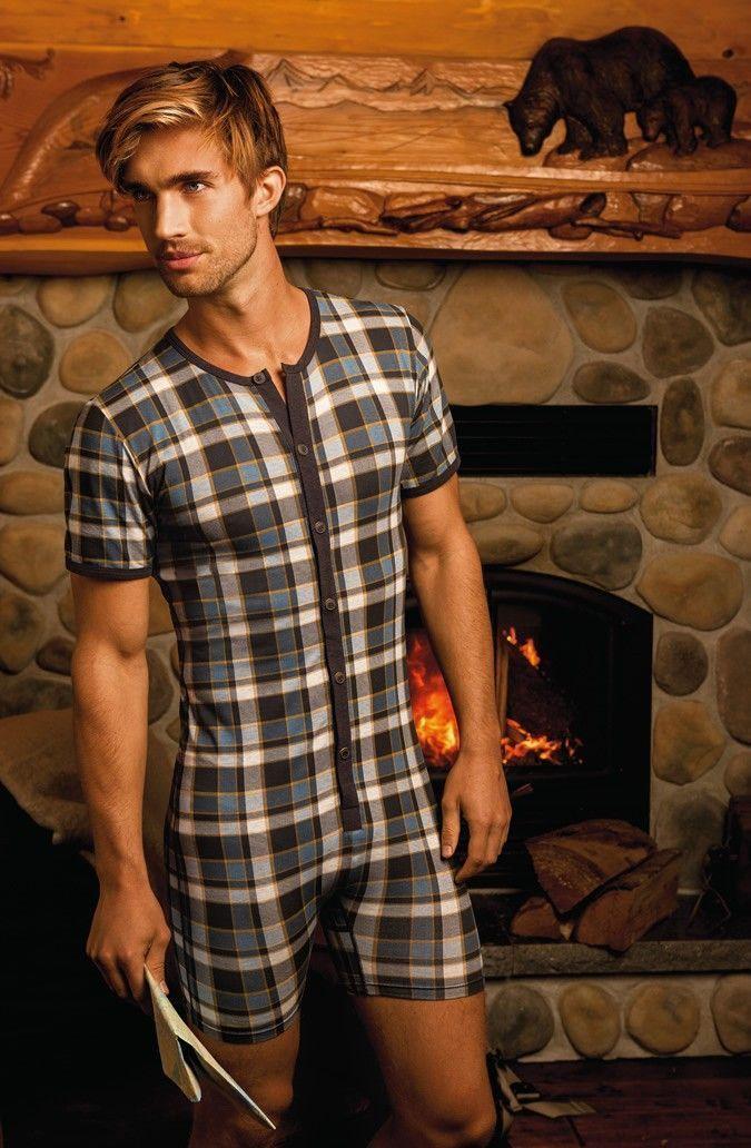 pire-look-pyjama-moulant
