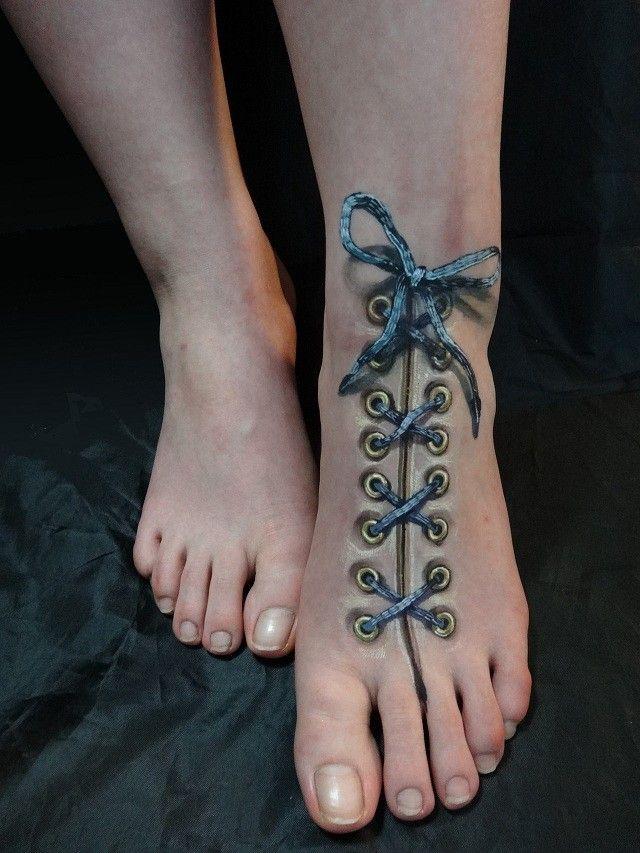 Hikaru Cho illusion foot