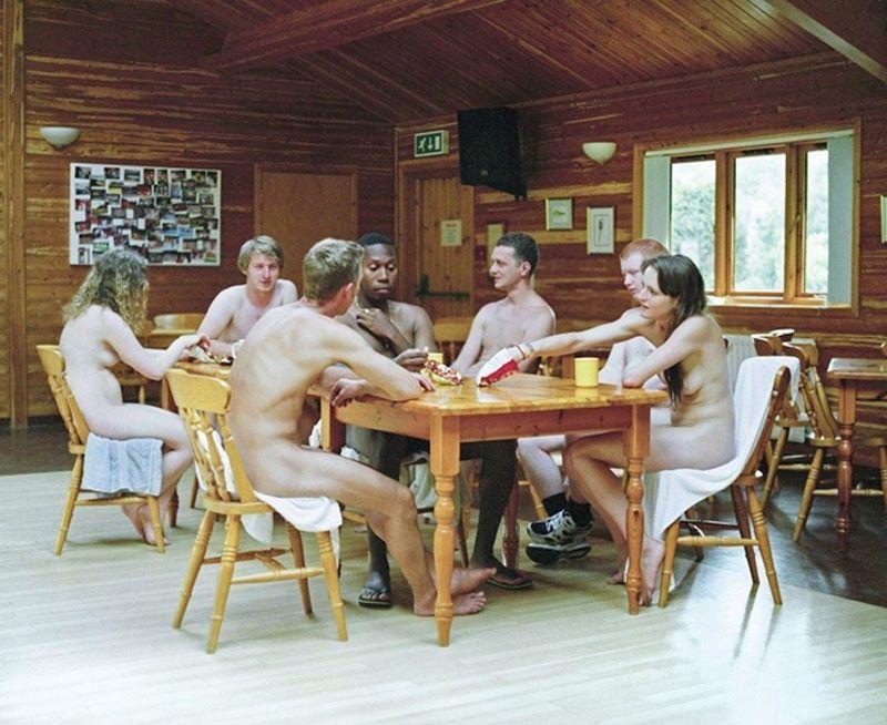 Les jeunes naturistes anglais vice nu