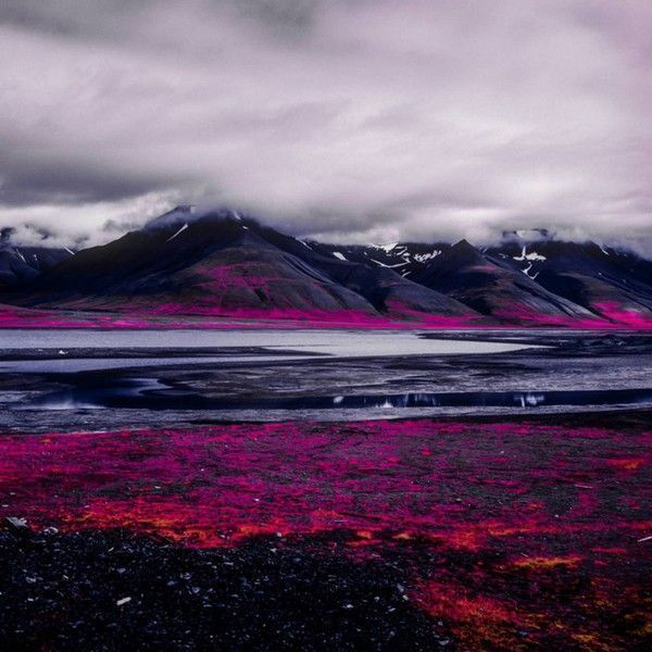 Arctic-Landscape-Transformed-into-Infrared-Paradise-06