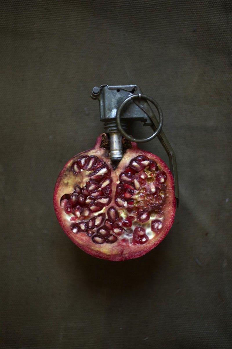Sarah-Illenberger-Food-Art-grenade