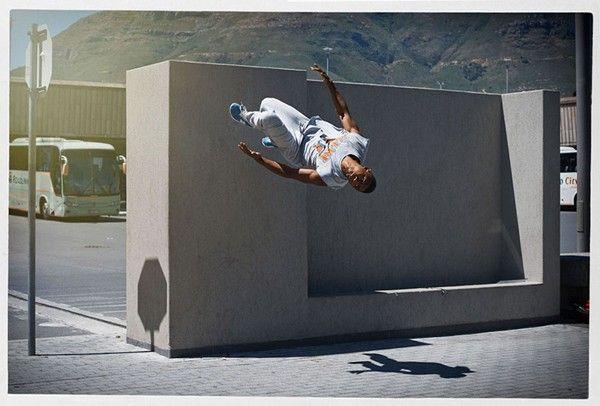 photographs-parkour-athletes-mid-flight-08