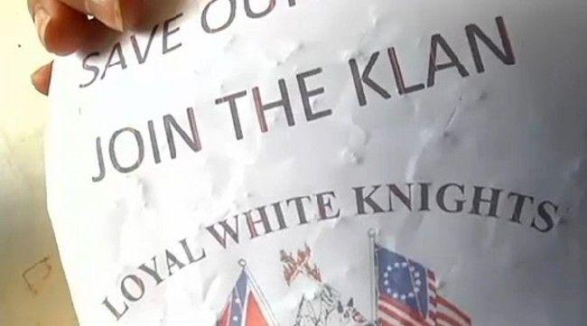 Ku-Klux-Klan-recrute-avec-des-bonbons