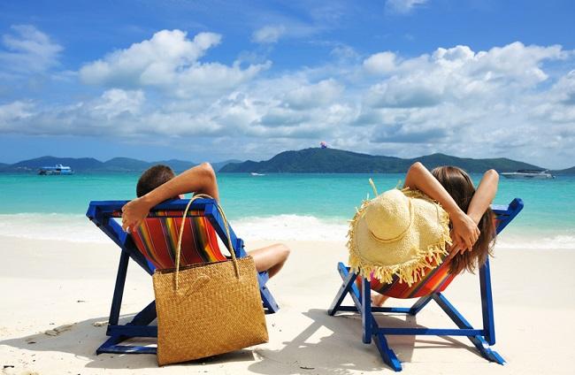 Transats-vacances-farniente-plage