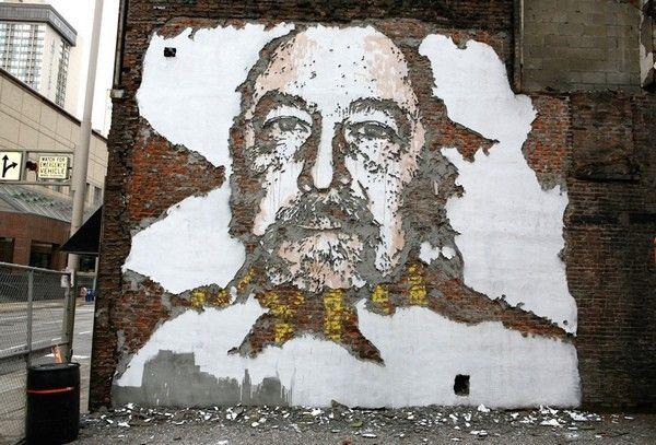 Vhils-Street-art-portrait-5