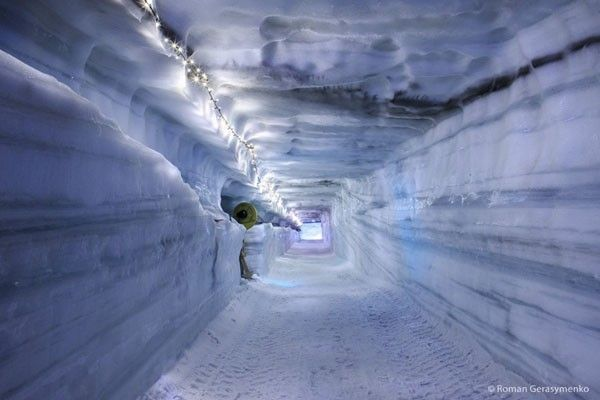 ice rave tunnel