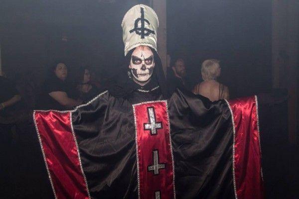 Sataniste