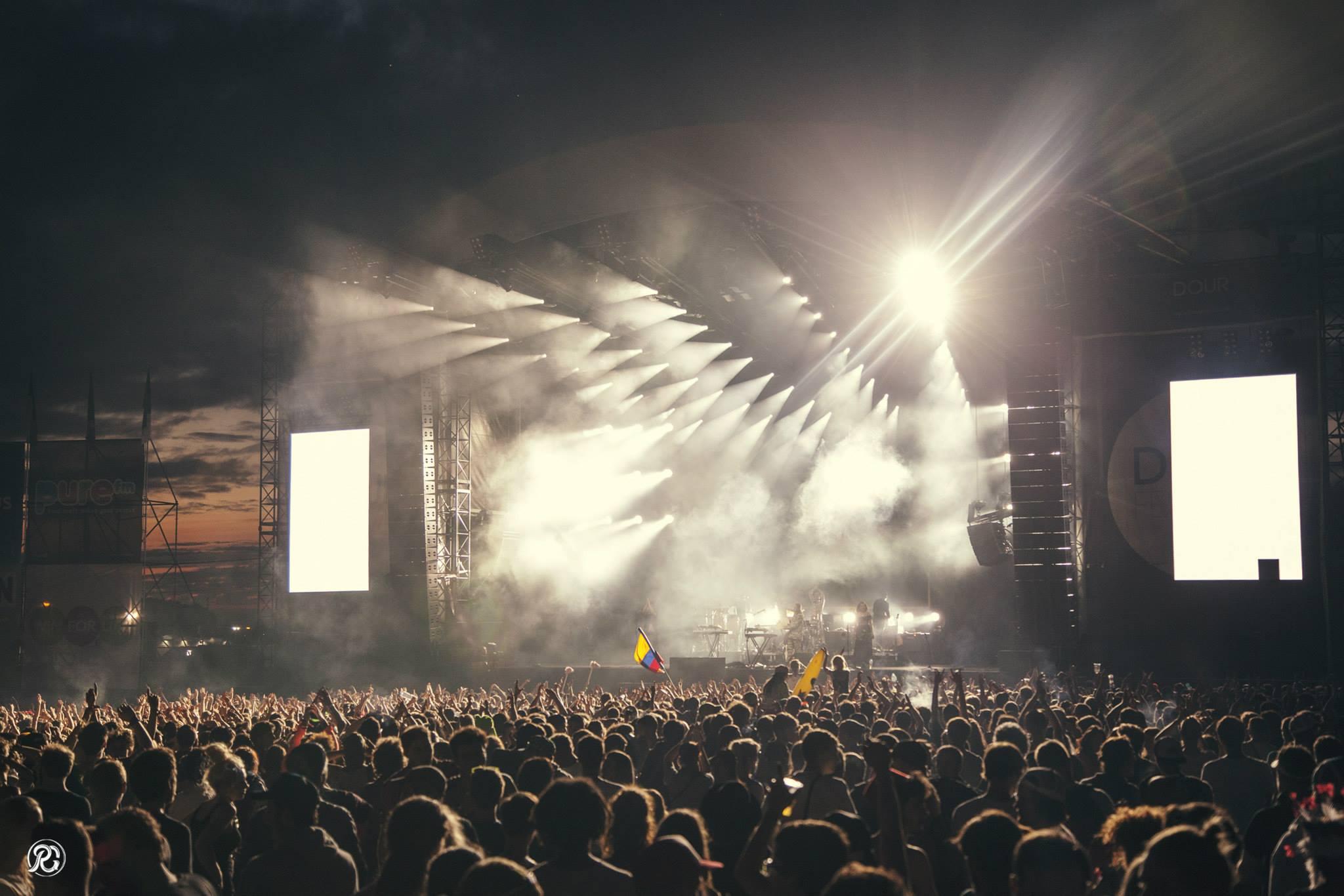 Dour Festival 2015 - Beware x Remy Gollinelli
