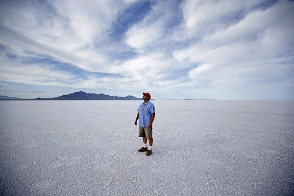 Rick-Bowmer-saltflats03