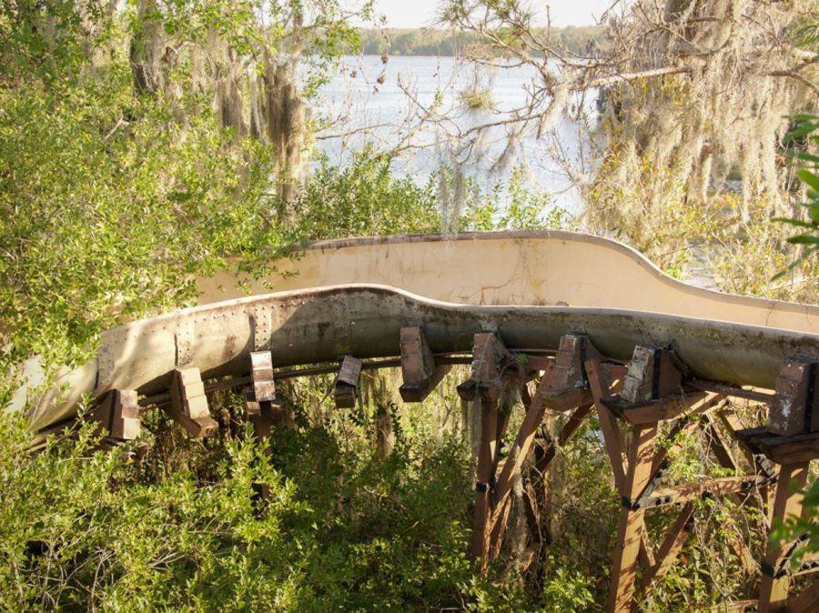 parc aquatique disney abandonné seph lawless