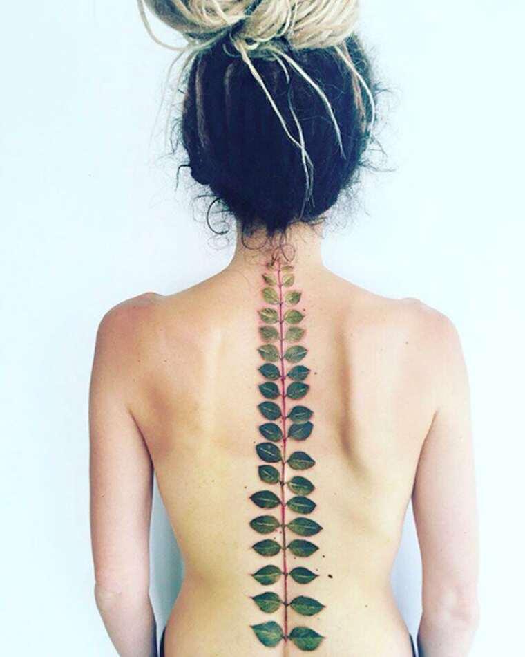 pis-saro-tattoos-17