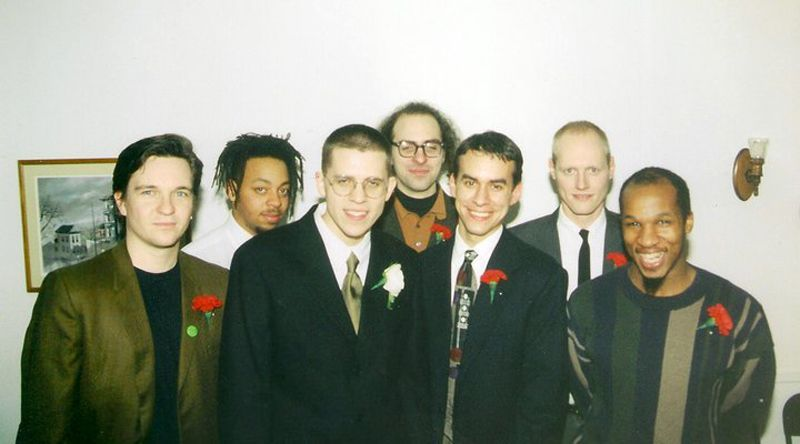 Les membres d'ele_mental tous réunis, en mode photo de beygey