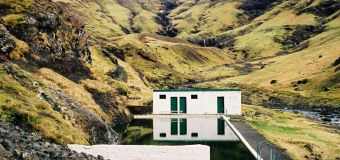Adieu le Blue Lagoon, pars plutôt découvrir les meilleures piscines d'eau chaude en Islande