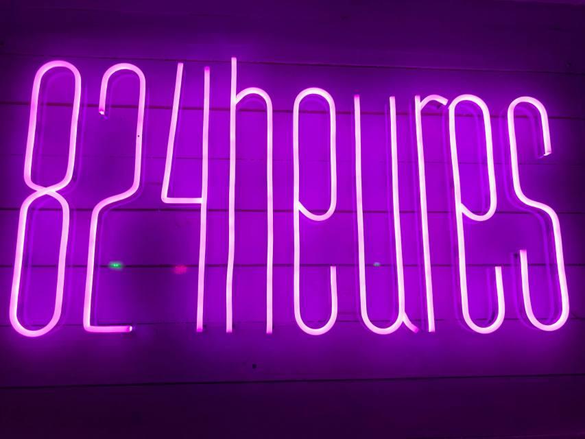 824 Heures