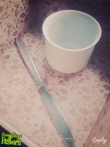 Kubeczek i nożyk