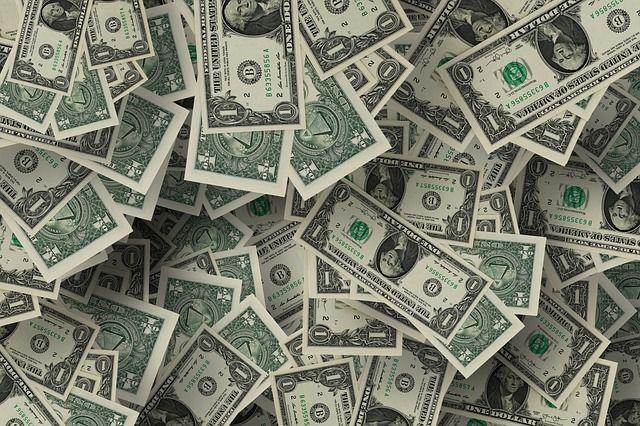 Durante la sesión, se espera que el tipo de cambio cotice entre 19.40 y 19.60 pesos por dólar.