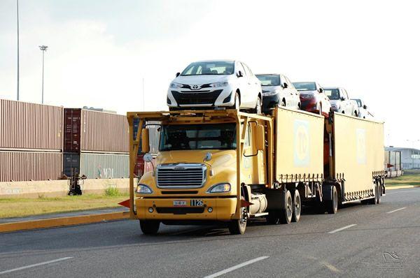 El decreto automotriz permite importar vehículos automotores en México.