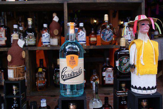 La Charanda tiene su origen en el estado de Michoacán.